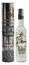 Туба  и водка «Великий Устюг» (Бутылка декор)0,5л